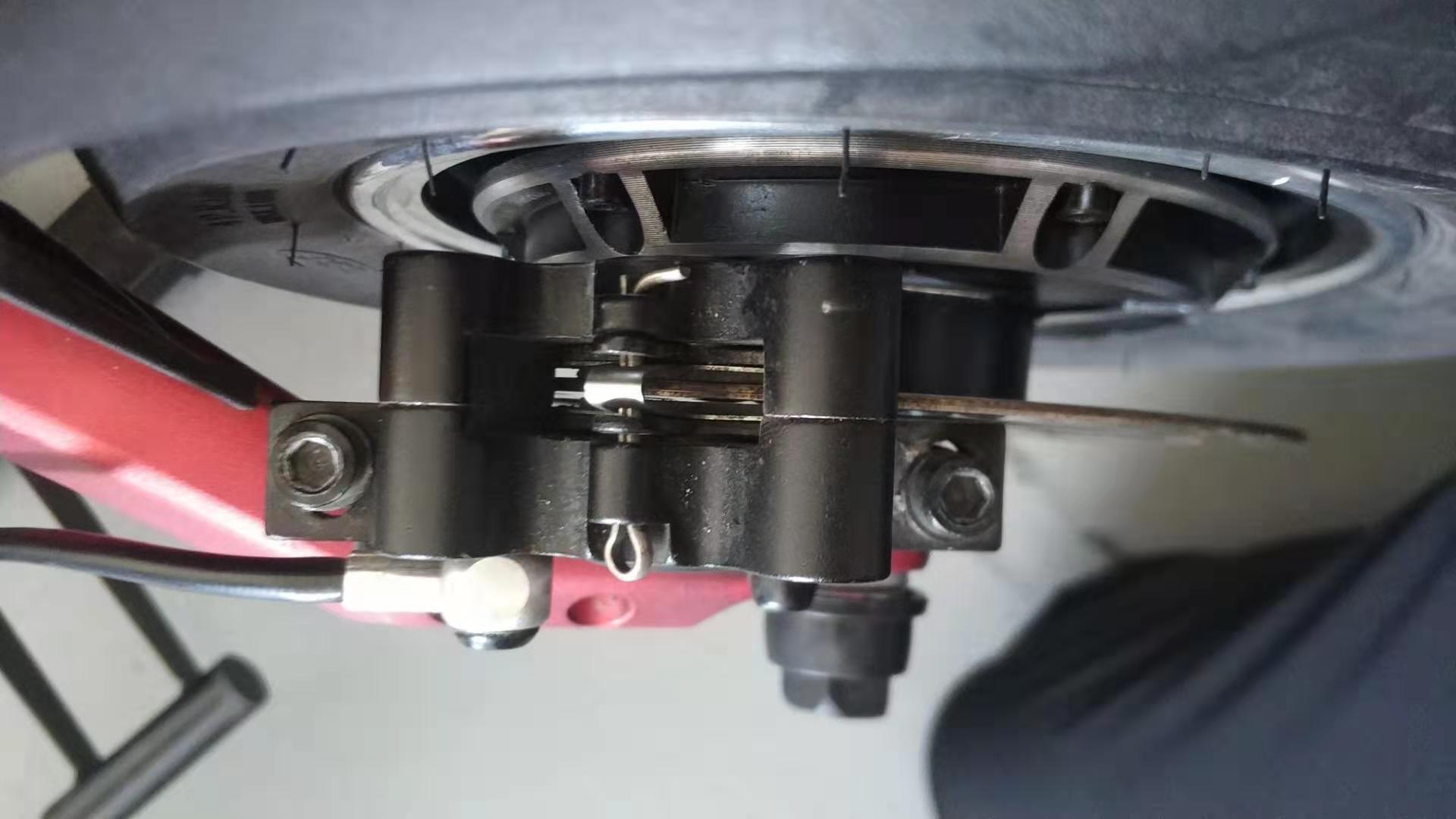 hydraulic_brake_adjustment.jpg